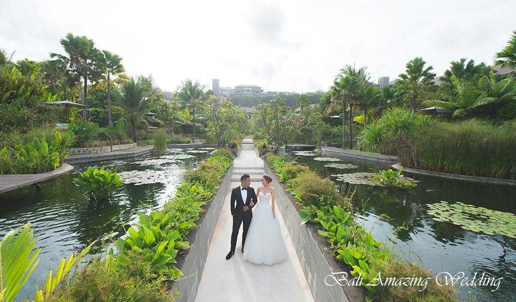intimate bali wedding ritz carlton